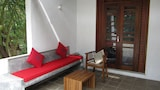 Isana Beach House - Tangalle Hotels