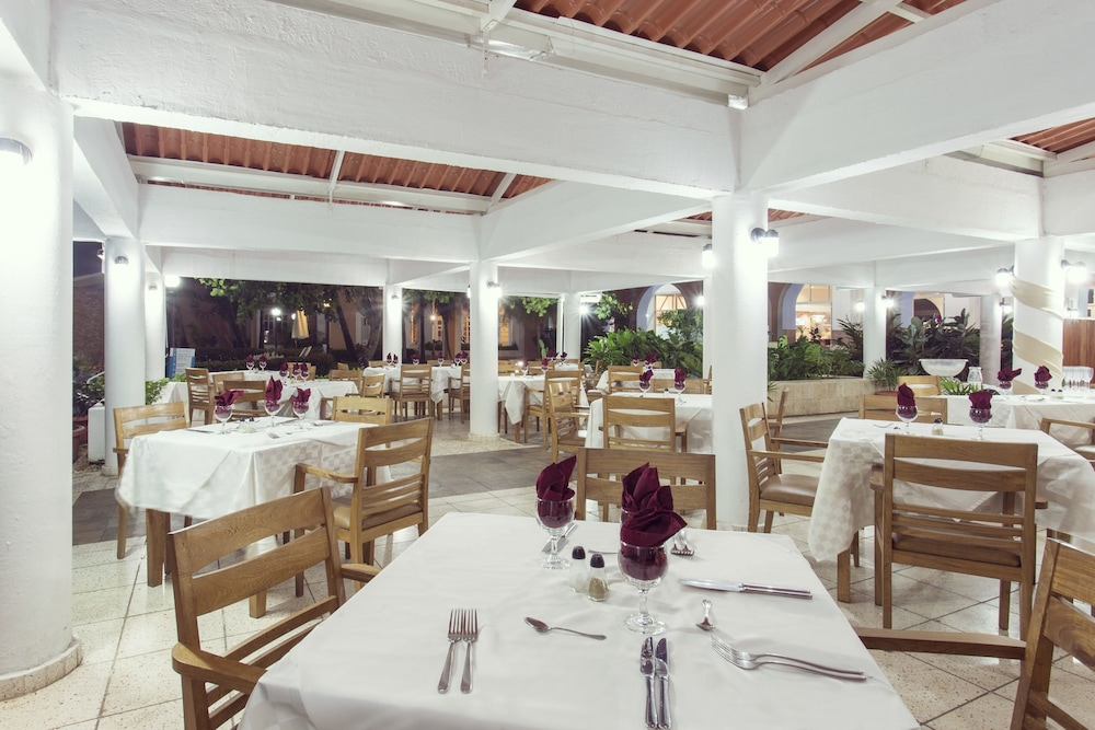 Restaurant, Be Live Experience Las Morlas All Inclusive