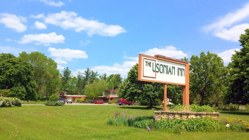 The Usonian Inn