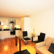 Zen Apartments - Canary Wharf
