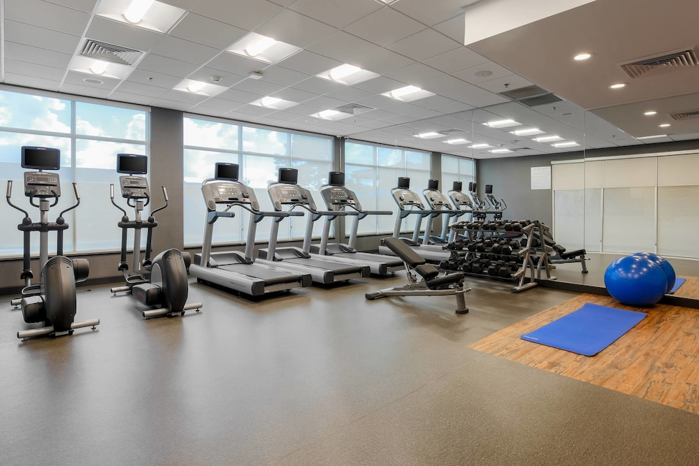 Fitness Facility, Fairfield Inn & Suites Alexandria