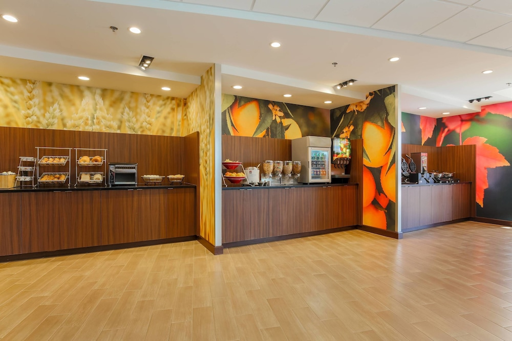 Restaurant, Fairfield Inn & Suites Alexandria