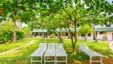 Sea View Beach Resort - Unawatuna Hotels