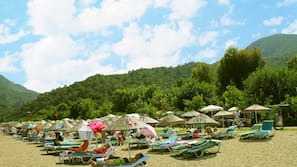 Private beach, sun-loungers, beach umbrellas, motor boating