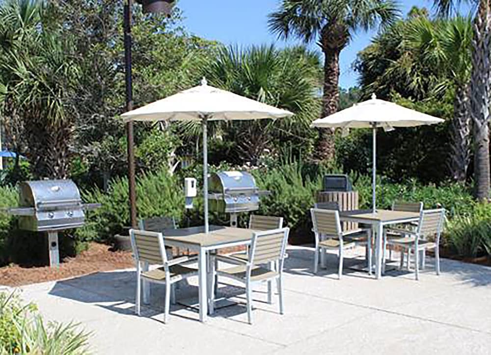 BBQ/Picnic Area, Ocean Oak Resort By Hilton Grand Vacations