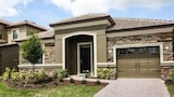 Awesome Home in an Golf Community 4 Br home by RedAwning - Champions Gate Hotels