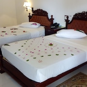 Sarathchandra Tourist Guest House