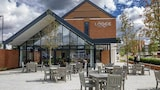 The Lodge - Newbury Hotels