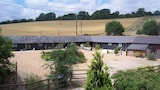 Hastingleigh Holiday Lets - Ashford Hotels