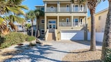 Sea Turtle 4 Br home by RedAwning - Flagler Beach Hotels