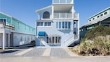 Ocean View Pet Friendly WiFi 5 Br home by RedAwning - Flagler Beach Hotels