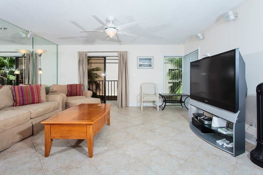 Book Beachcomber 301 2 Br Condo By Redawning Jacksonville Beach Hotel Deals