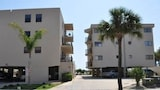 Beachcomber 301 2 Br condo by RedAwning - Jacksonville Beach Hotels