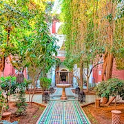 Riad Kaiss by Anika
