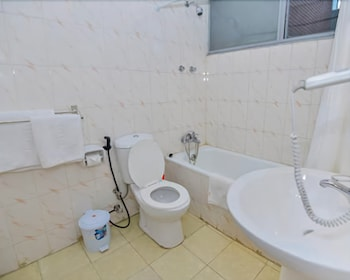 Bathroom, Ghion Hotel