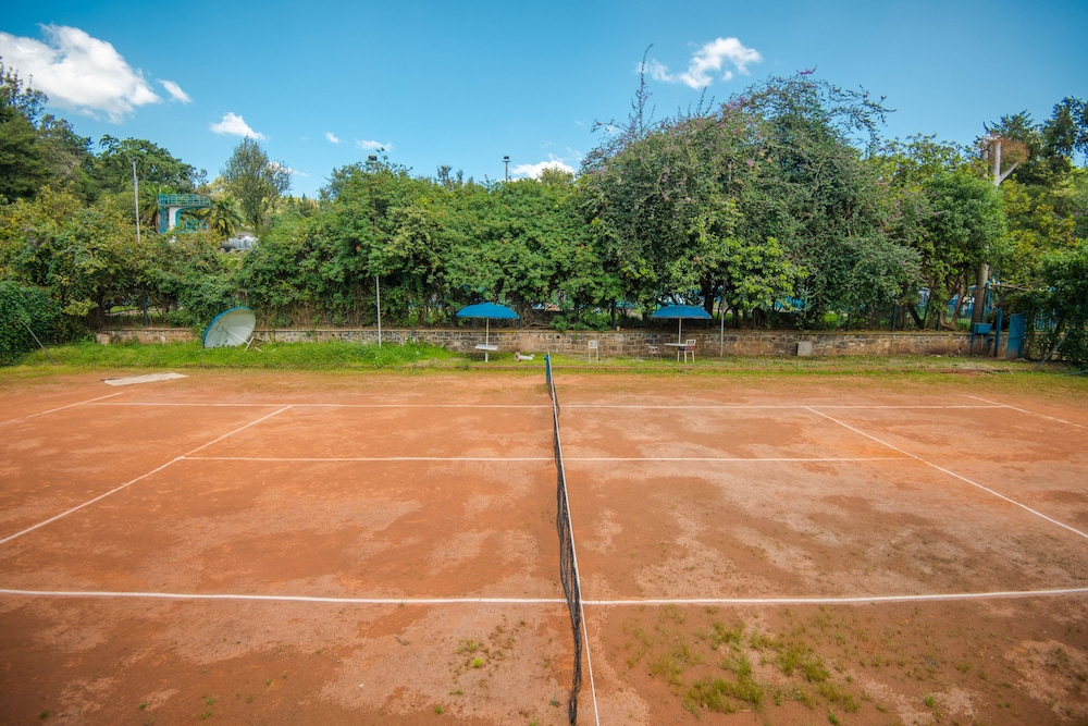 Tennis Court, Ghion Hotel