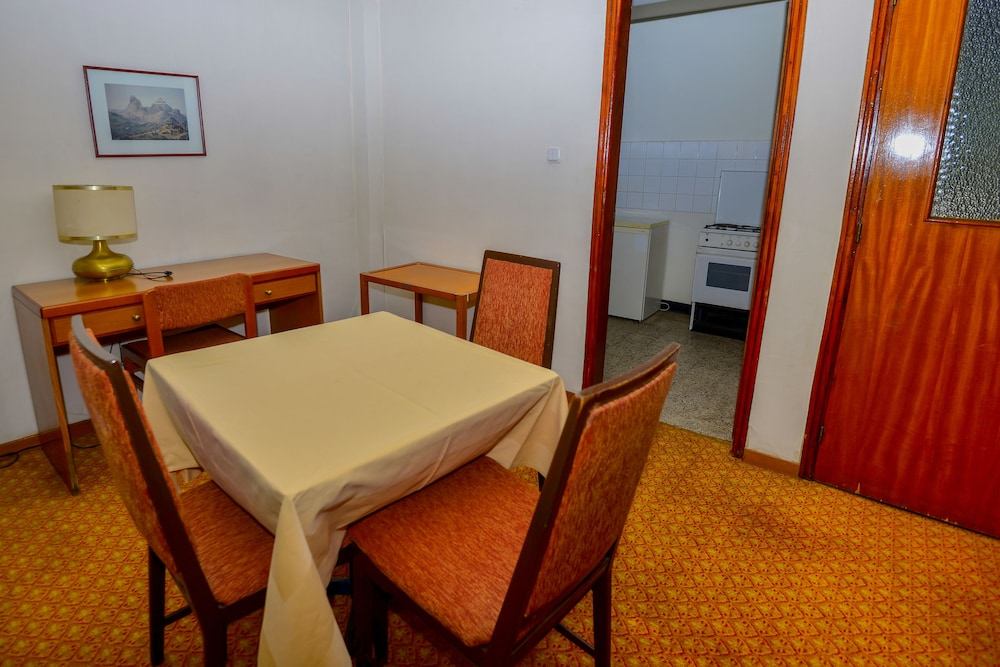 Private Kitchenette, Ghion Hotel