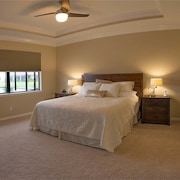 Golden Sunrise 3 Br home by RedAwning