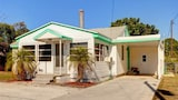 Albee Sunset 2 Br home by RedAwning - Nokomis Hotels