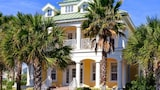 Cinnamon Beach Ocean Way 4 Br home by RedAwning - Palm Coast Hotels