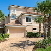Sea Star Palace 5 Br home by RedAwning