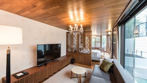 객실 내 금고, 각각 다른 스타일의 객실, 각각 다르게 가구가 비치된 객실, 암막 커튼