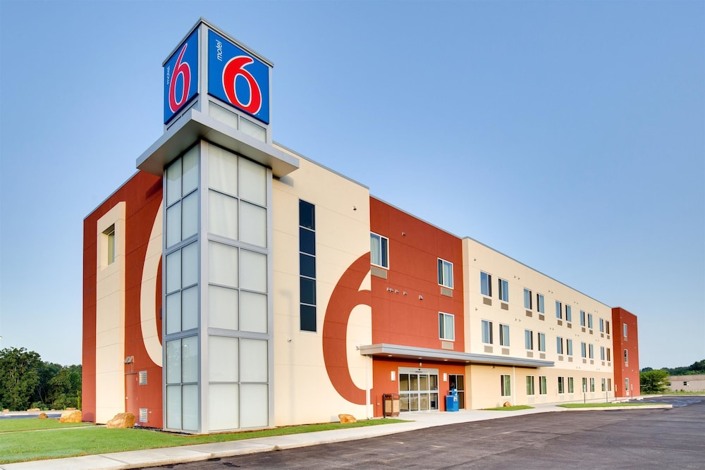 Motel 6 Poplar Bluff, MO: 2017 Room Prices, Deals & Reviews | Expedia