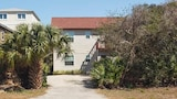 Pelican Landing 3 Br home by RedAwning - St. Augustine Hotels