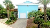 Summer Wind 4 Br home by RedAwning - St. Augustine Hotels