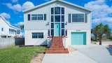Turtle Cove 4 Br home by RedAwning - St. Augustine Hotels