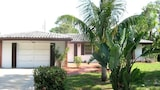 Venice Falcon Beach Home 3 Br home by RedAwning - Venice Hotels