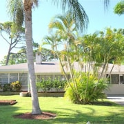 Sante Joseph Venice Island 4 Br home by RedAwning