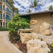 Waipouli Beach Resort D 309 2 Br condo by RedAwning