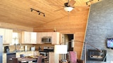 Love's Lane 2 Br cabin by RedAwning - Bryson City Hotels