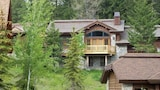 Steelhead Custom 23 3 Br home by RedAwning - Tamarack Hotels