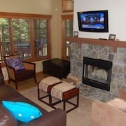 Golden Bar Townhome 39 1 Br cabin by RedAwning