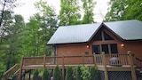 MooseTrax by RedAwning - Bryson City Hotels