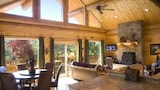 Watershed 07 2 Br cabin by RedAwning - Bryson City Hotels