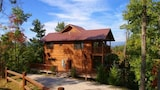 Watershed 10 by RedAwning - Bryson City Hotels