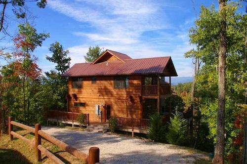 Watershed 10 By Redawning Deals Reviews Bryson City
