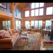 Sunset View 5 Br cabin by RedAwning