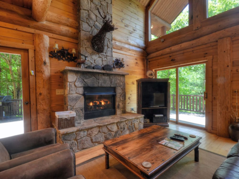 Watershed 02 2 Br Cabin By Redawning 2017 Room Prices