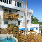 Serenity Rincon Guesthouse