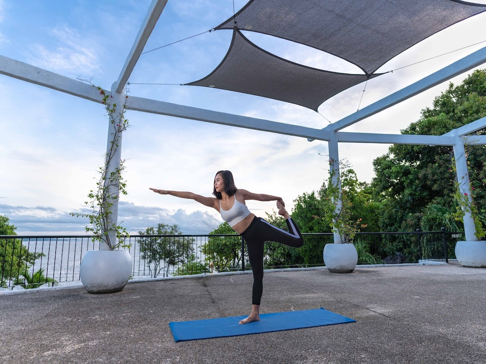 Yoga, Granada Beach Resort - Adults Only