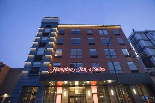 Hampton Inn & Suites Downtown St. Paul