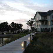 Marshes Light 1331 2 Br condo by RedAwning