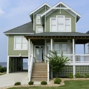 Village Landings 54 4 Br home by RedAwning