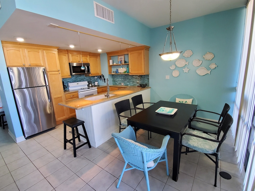 In-Room Dining, South Padre Resort Rentals