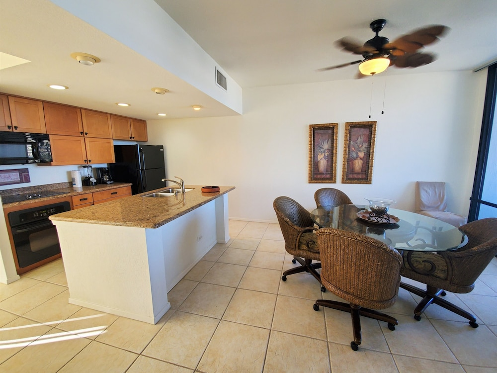 Private Kitchen, South Padre Resort Rentals