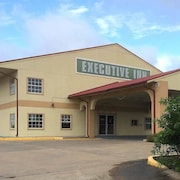 Executive Inn & Suites Schulenburg